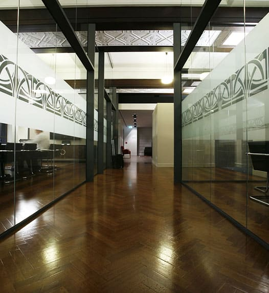 service-glass-office-partitions-img-1